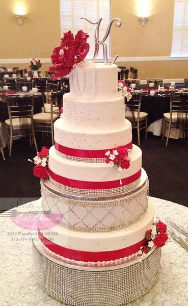 Wedding Cakes Cincinnati  Sweets by LaDawn Cincinnati OH Wedding Cake