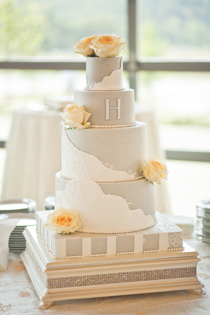 Wedding Cakes Clarksville Tn  Clarksville TN Wedding Cake Regalo Design