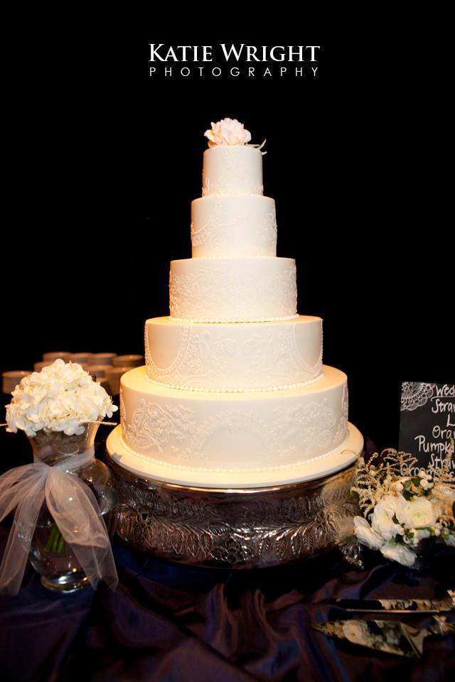Wedding Cakes Clarksville Tn  Clarksville Weddings Melanie & Cody The Cake