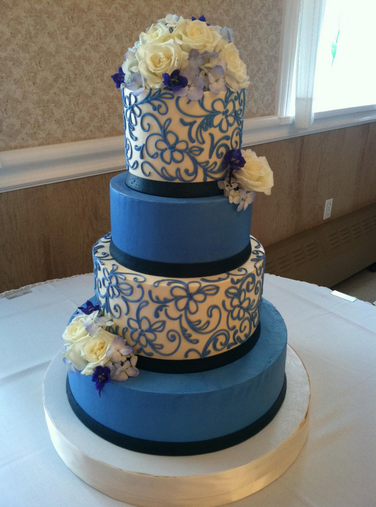 Wedding Cakes Cleveland Ohio  Best Places For Wedding Cakes In Cleveland CBS Cleveland