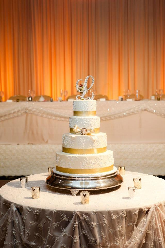 Wedding Cakes Cleveland Ohio  Wedding cake cleveland idea in 2017
