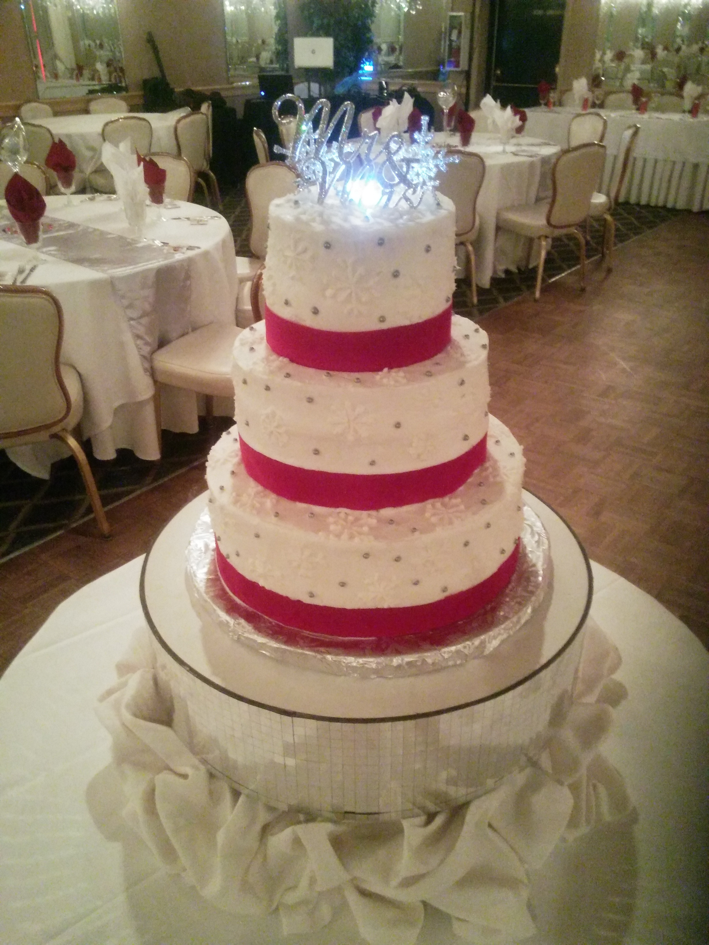 Wedding Cakes Cleveland Ohio  s Custom Wedding Cakes and Designer Specialty Cakes