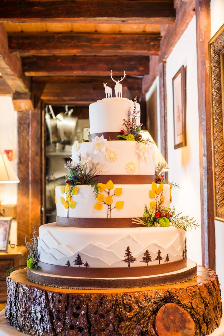 Wedding Cakes Colorado  A Country Chic Mountain Wedding at Ski Tip Lodge in