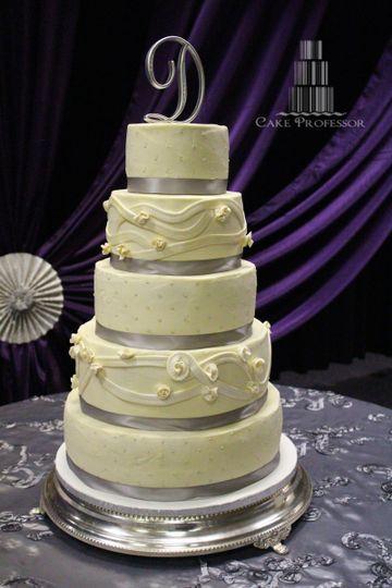Wedding Cakes Columbia Sc  Cake Professor Wedding Cake Columbia SC WeddingWire