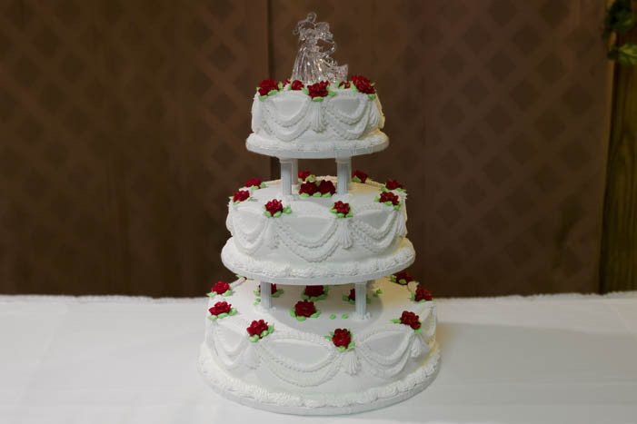 Wedding Cakes Columbus Ohio  Resch s Bakery Columbus Ohio