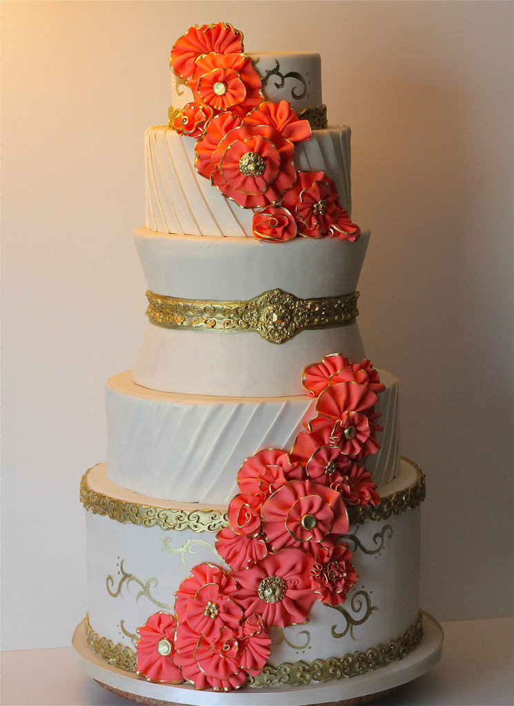 Wedding Cakes Coral  gold and coral wedding cake Juicy Desserts