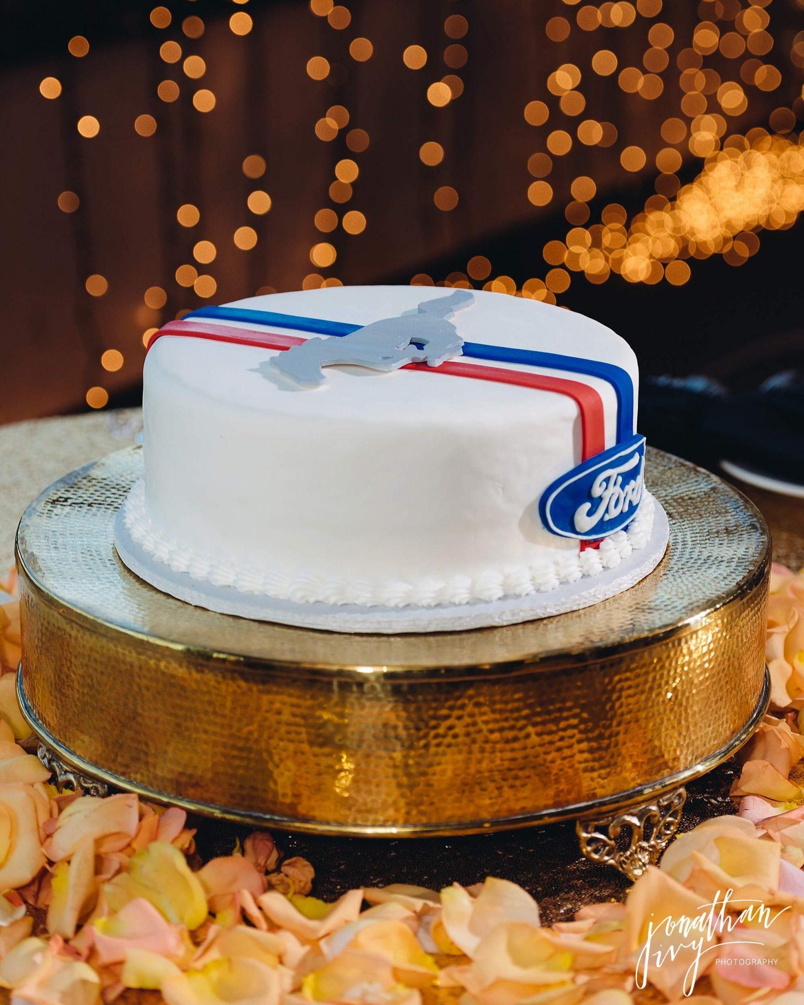 Wedding Cakes Corpus Christi  Wedding cakes corpus christi idea in 2017