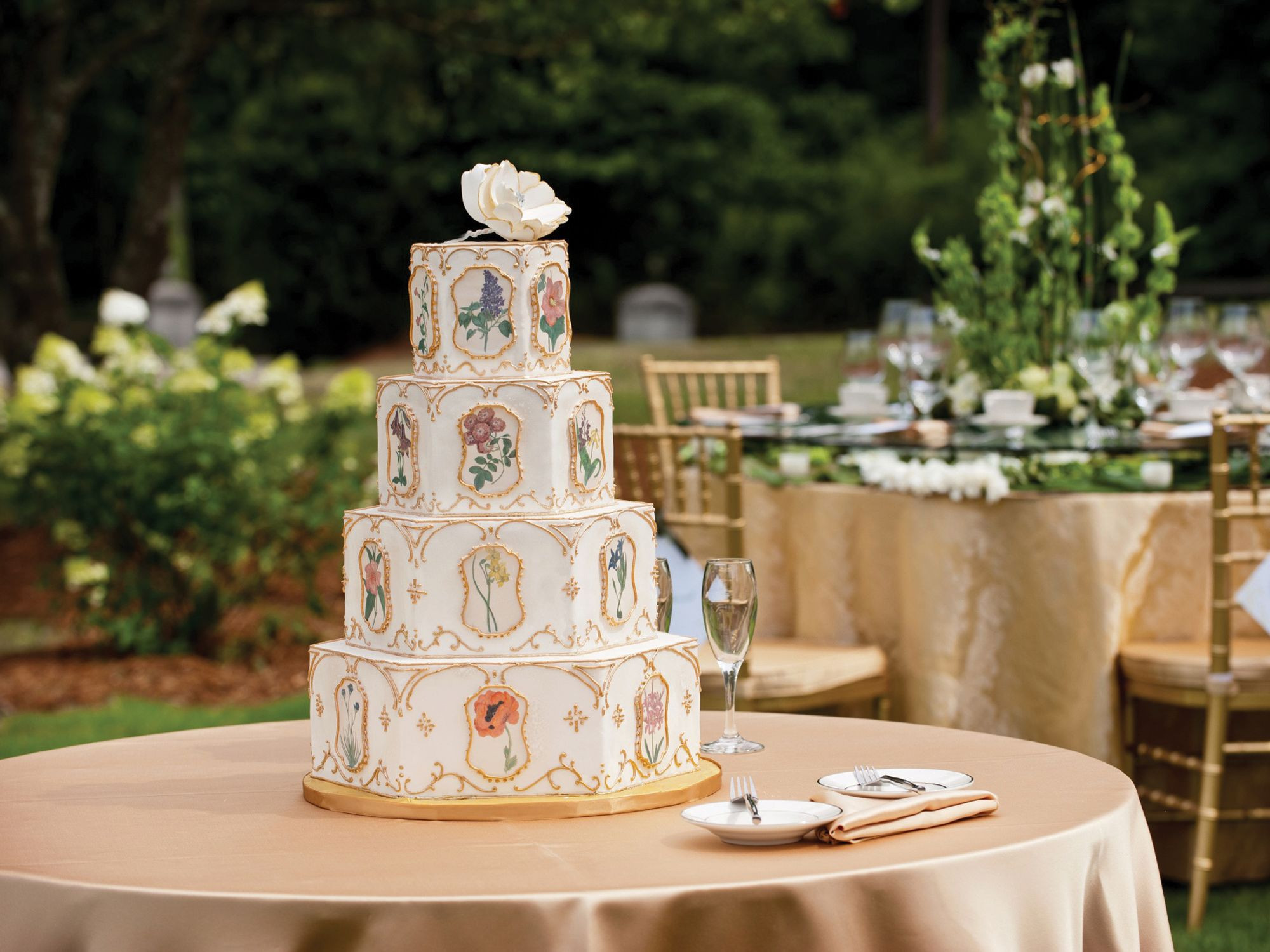 Wedding Cakes Cost  Wedding Cake How Much Do Wedding Cakes Cost