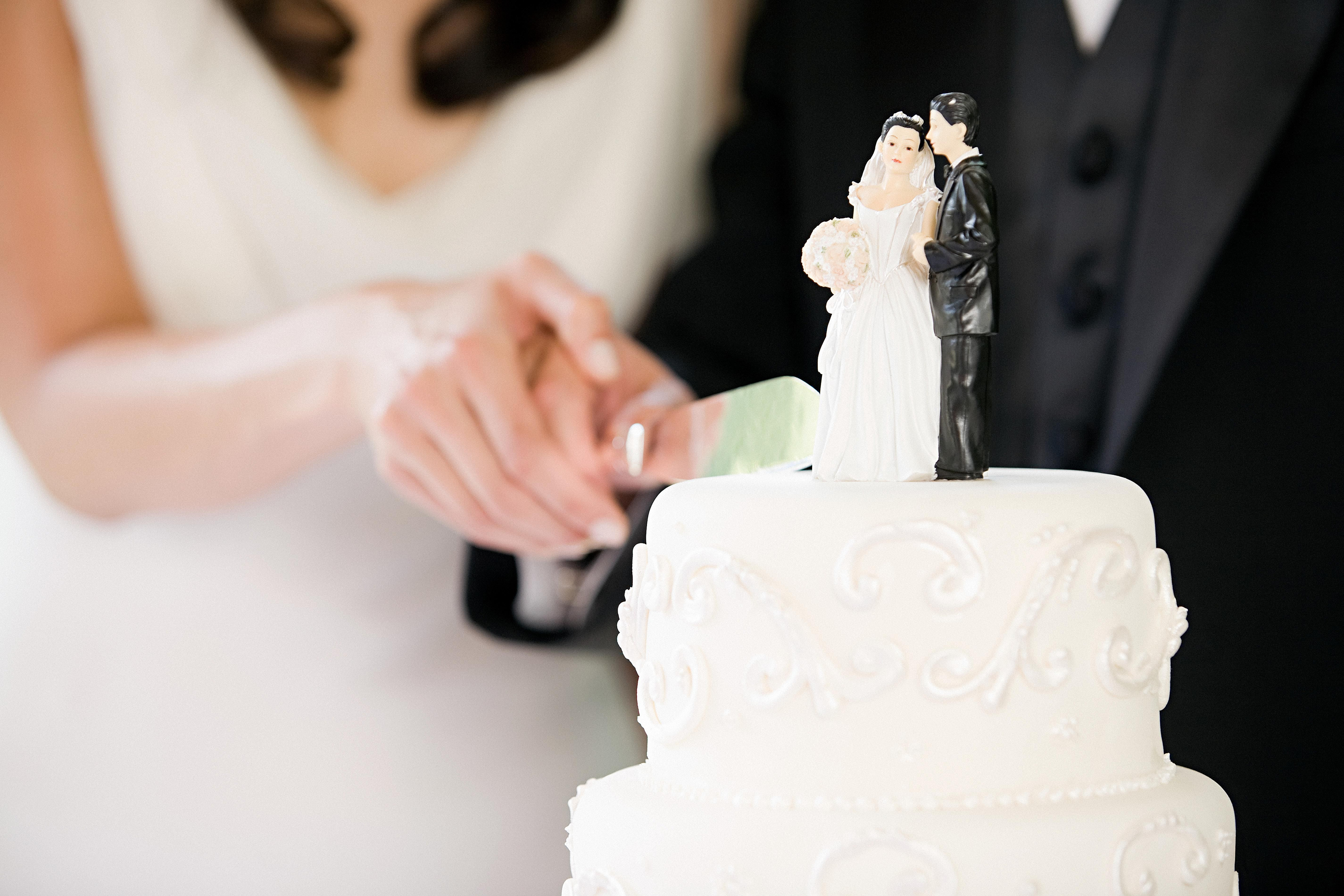 Wedding Cakes Cutting  7 Wedding Cake Traditions and Their Meanings