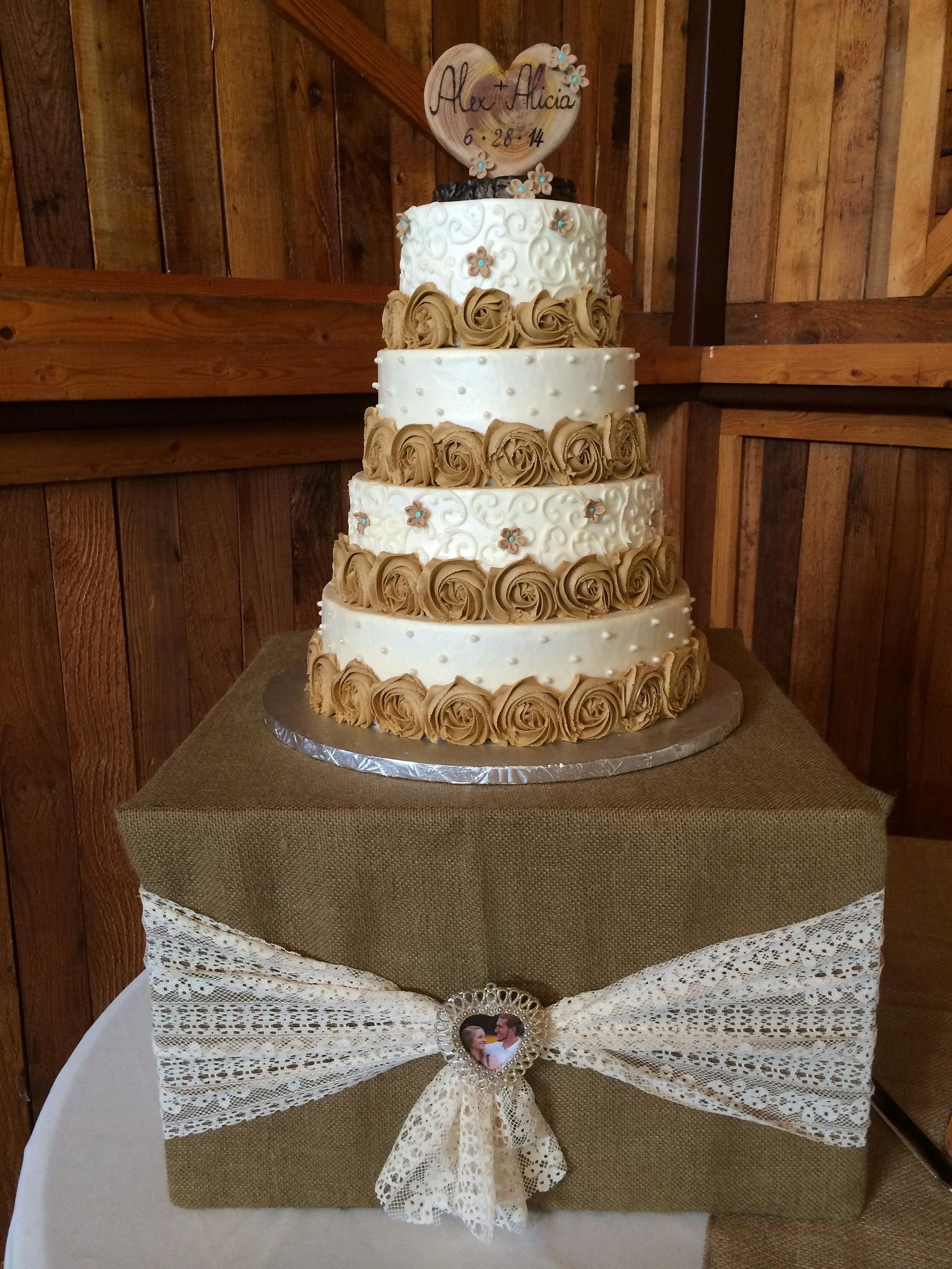 Wedding Cakes Dallas Tx  Wedding Cakes & Anniversary Cakes Dallas TX