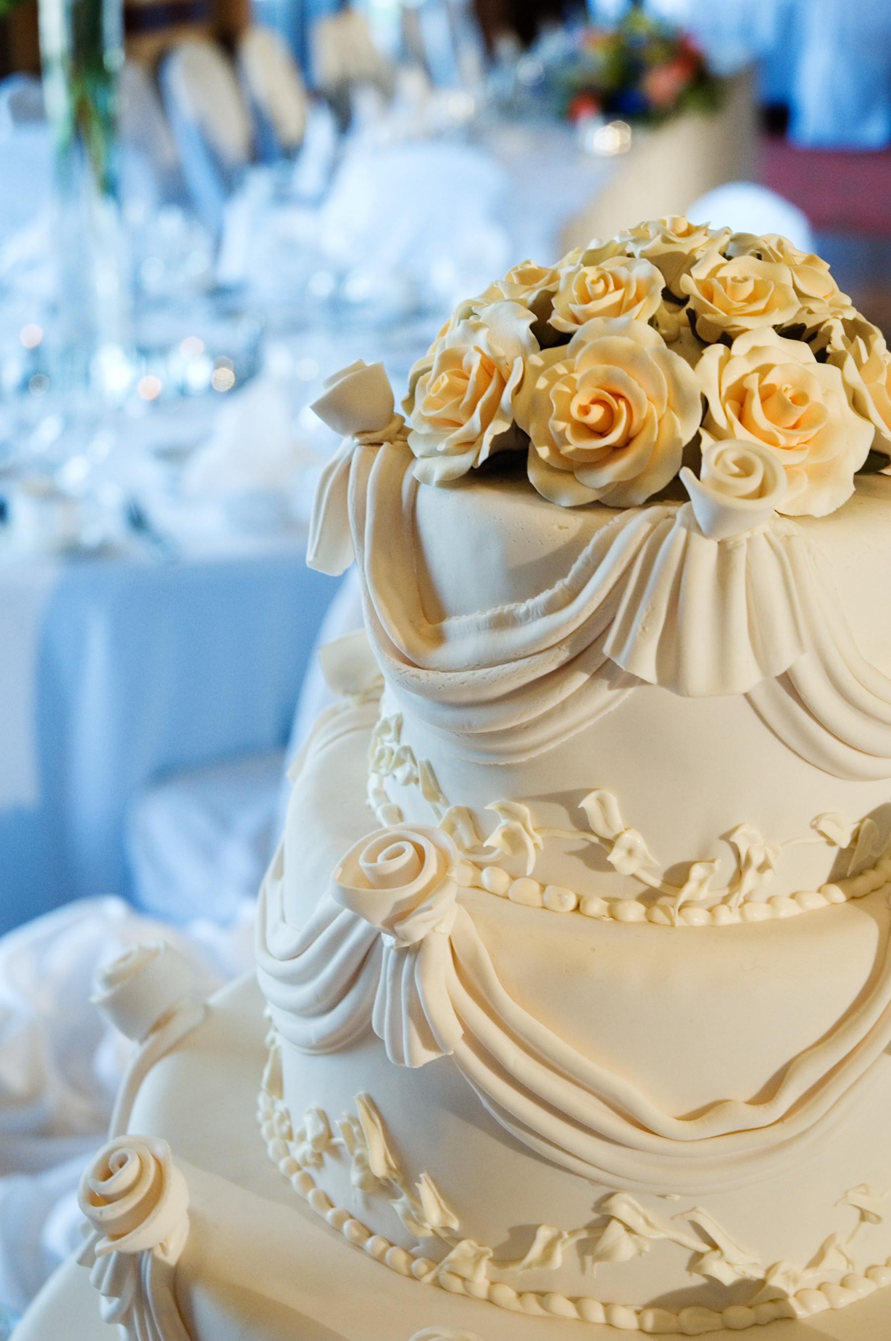 Wedding Cakes Decor  Wedding Cake Decorating Ideas Easy Wedding Cake