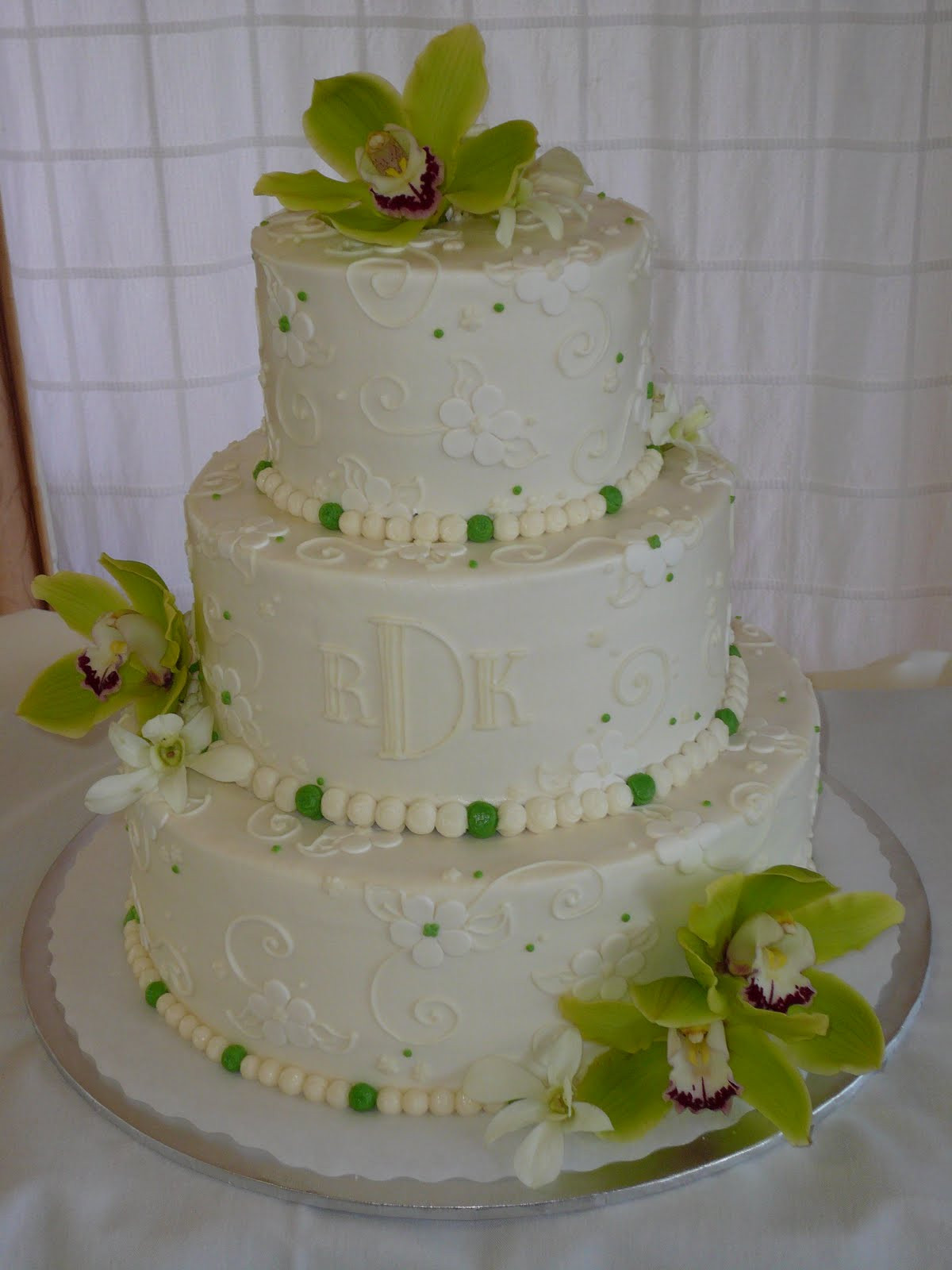 Wedding Cakes Decorated  Delicious Buttercream Wedding Cakes Ideas With Butter