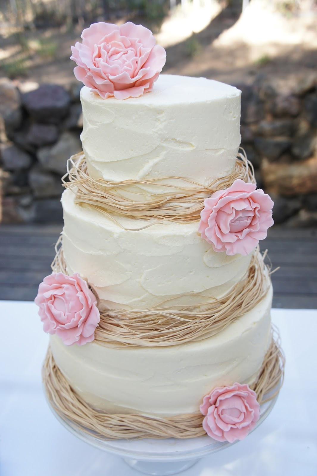 Wedding Cakes Decorated  Raffia Decorated Wedding Cake Favour This