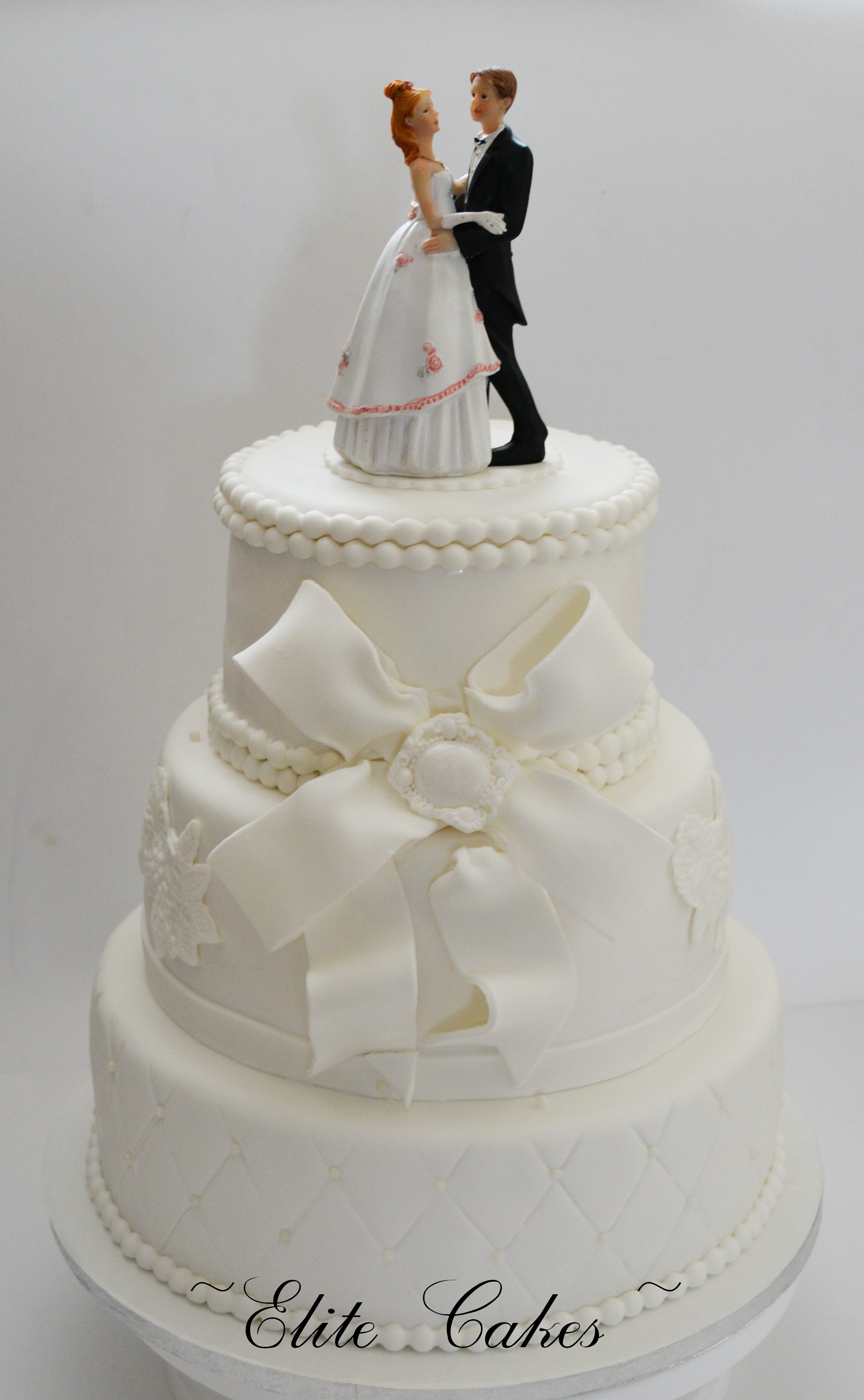 Wedding Cakes Delivery  Order Your Wedding Cake line Elite Cakes Boutique