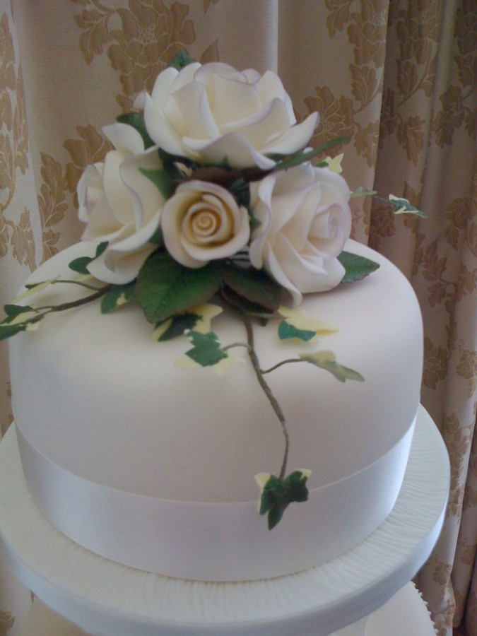Wedding Cakes Delivery  Wedding Cake Delivery to Ballygally Castle Jenny s Cake