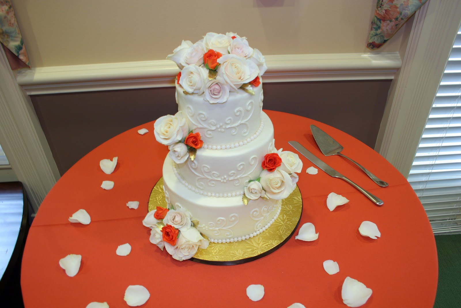 Wedding Cakes Delivery  Stuff By Stace Wedding Cake Delivery