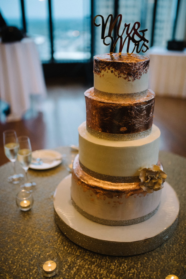 Wedding Cakes Des Moines  Event Planner and Wedding Planner