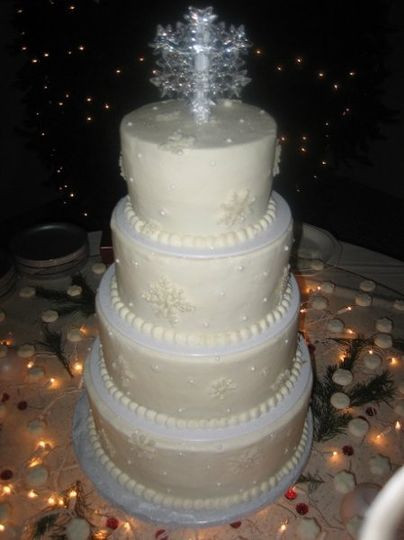 Wedding Cakes Des Moines  Carefree Patisserie Wedding Cake West Des Moines IA