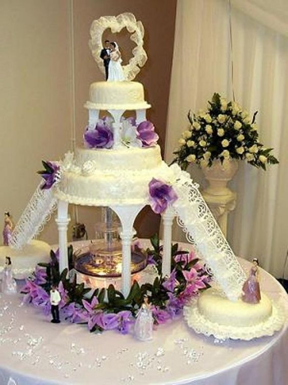 Wedding Cakes Designs Pictures  Wedding Cakes With Fountains And Stairs