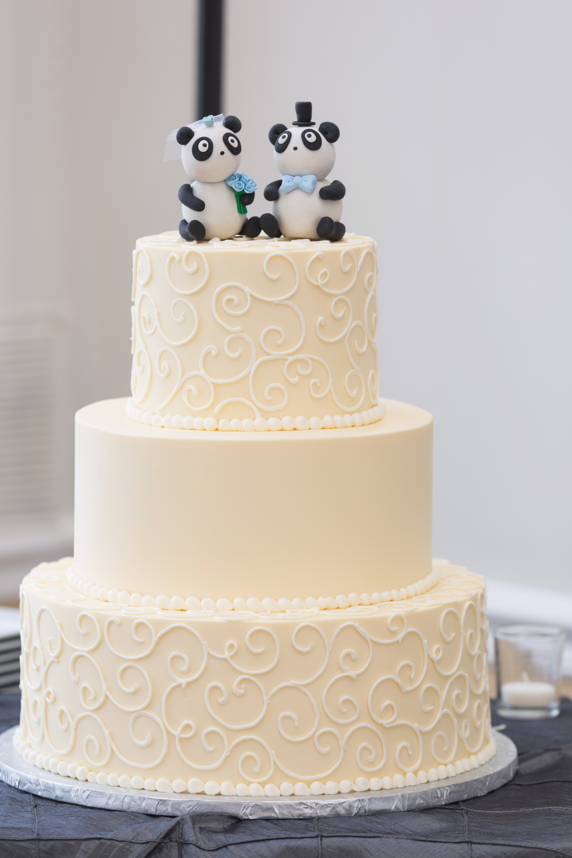 Wedding Cakes Detroit  Free Wedding Cake Catalogs