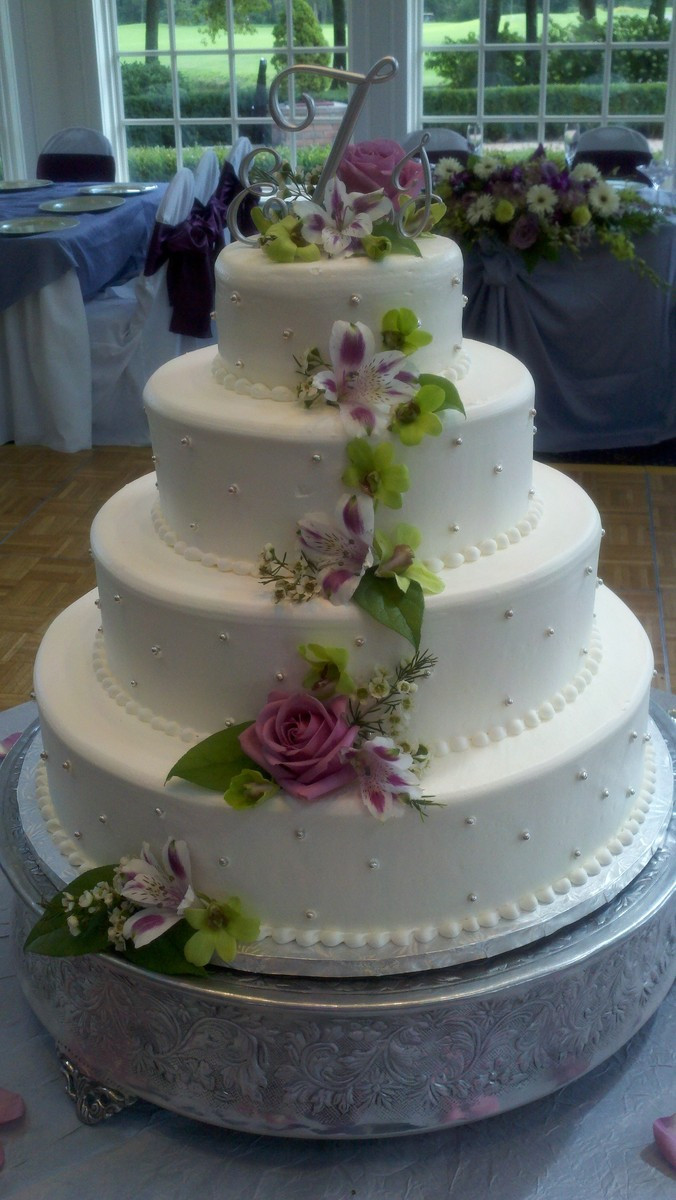 Wedding Cakes Detroit  Wedding cakes detroit mi idea in 2017
