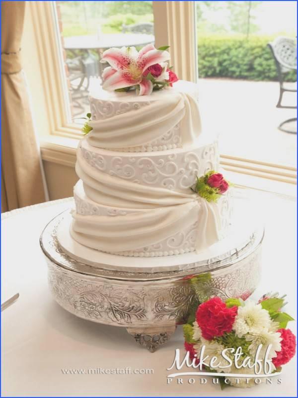 Wedding Cakes Detroit  Wedding Cakes Detroit Michigan Wedding Cake From
