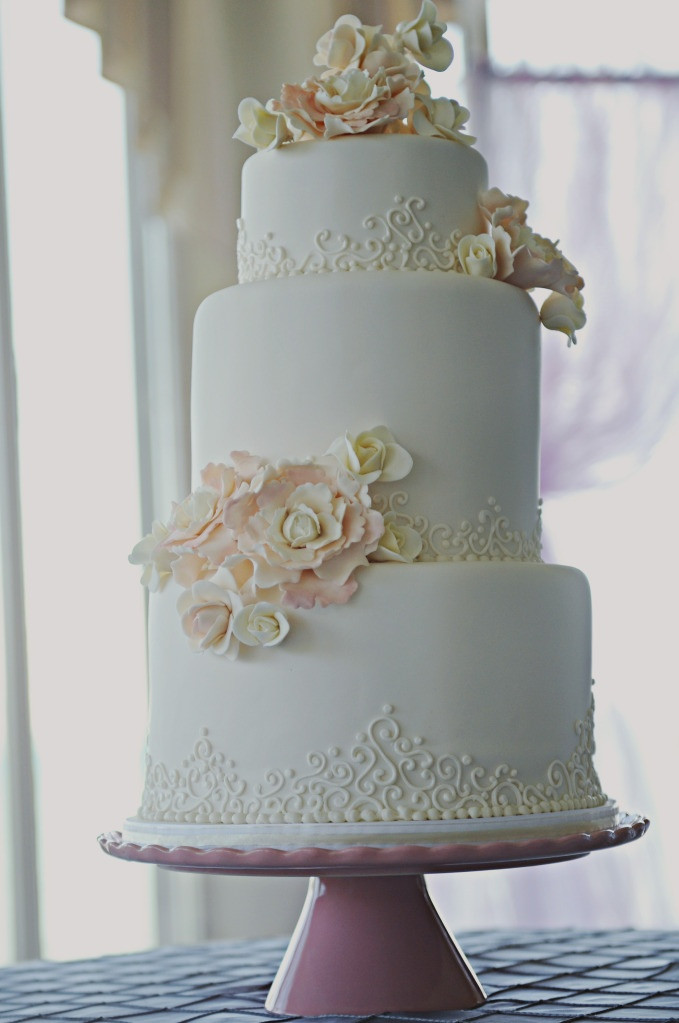 Wedding Cakes Detroit  Wedding cakes detroit idea in 2017