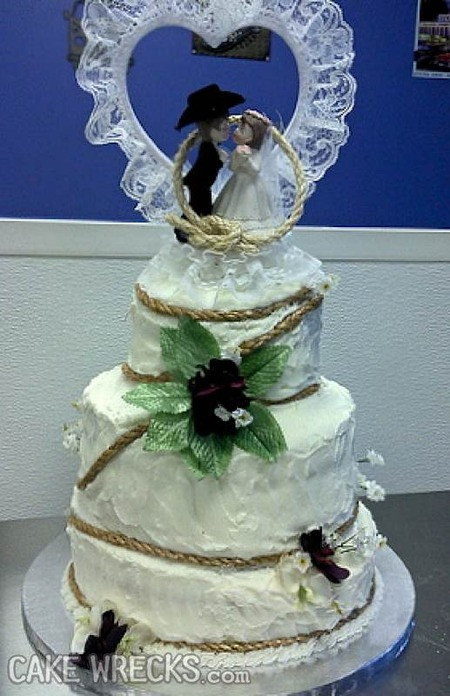 Wedding Cakes Disasters  Cake Wrecks Home 6 Wedding Wrecks That Make Me Glad I