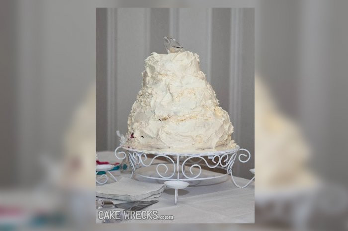 Wedding Cakes Disasters  Cinderella's Horror Story from 15 Worst Wedding Cake