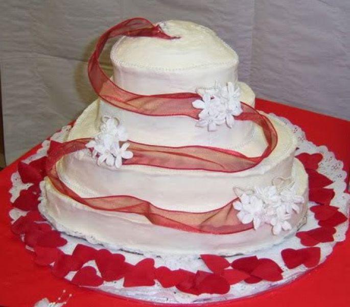 Wedding Cakes Disasters  Cake Wrecks Wedding Cakes Wedding and Bridal Inspiration