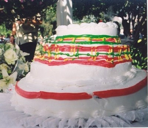Wedding Cakes Disasters  The 18 Worst Wedding Cake Fails Ever Made Are Straight Out