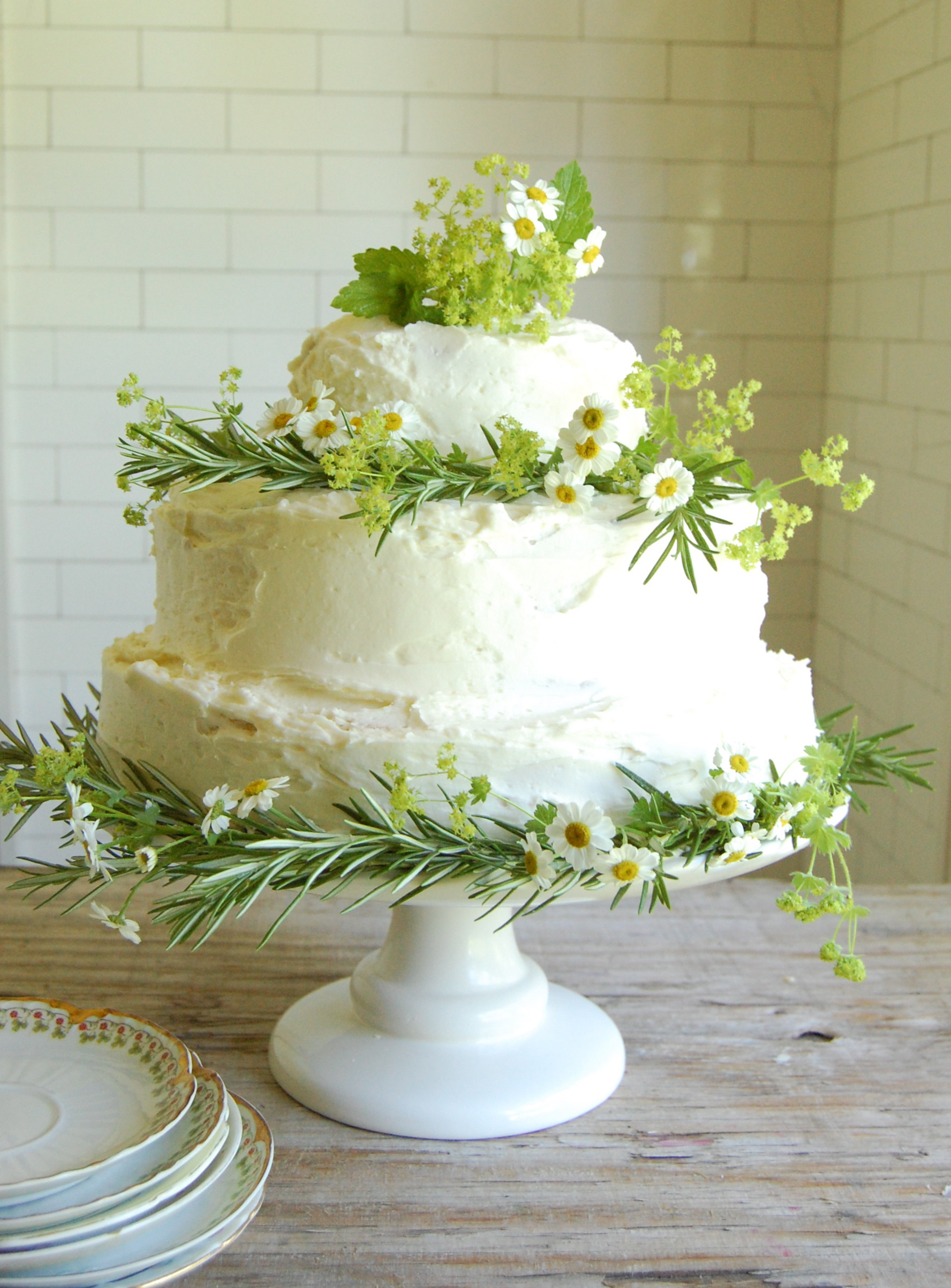 Wedding Cakes Diy  Wedding Cake Dilemma