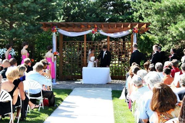 Wedding Cakes Eau Claire Wi  CowanPichlerWedding7 Eau Claire wedding venue