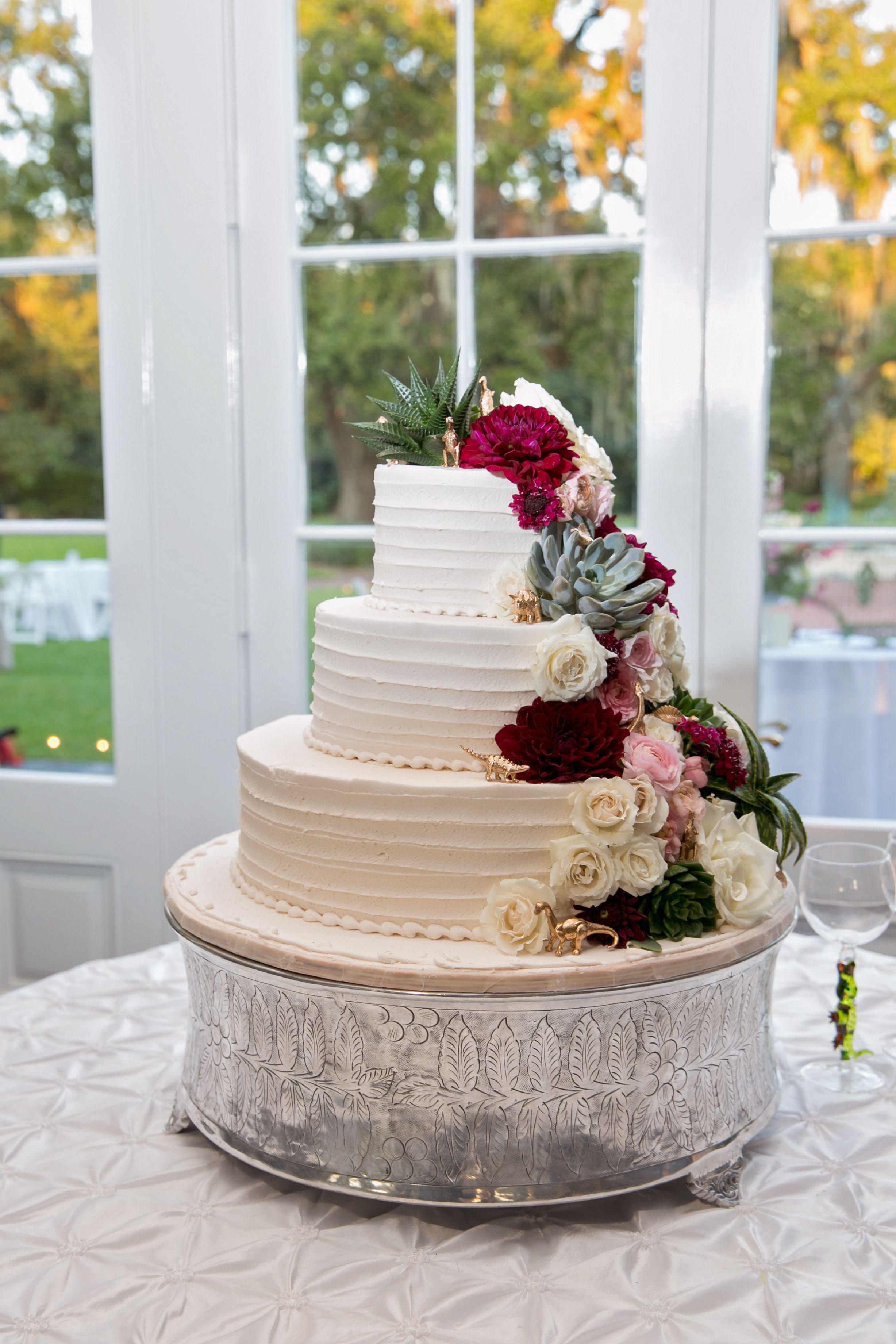 Wedding Cakes Eau Claire Wi  Succulents Dinosaurs Dahlias Roses and ranunculus