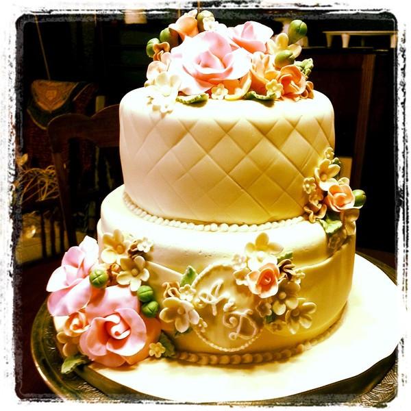 Wedding Cakes El Paso  Chasing Butterflies Pastries El Paso TX Wedding Cake
