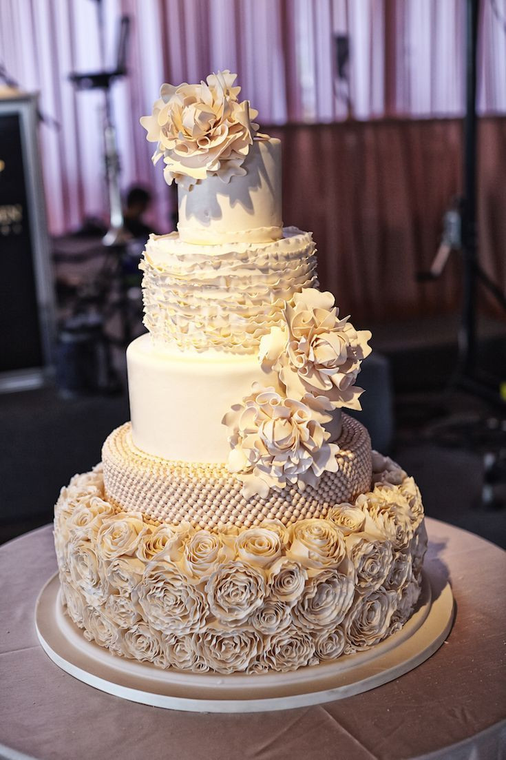 Wedding Cakes Elegant  114 best Elegant Wedding Cakes images on Pinterest