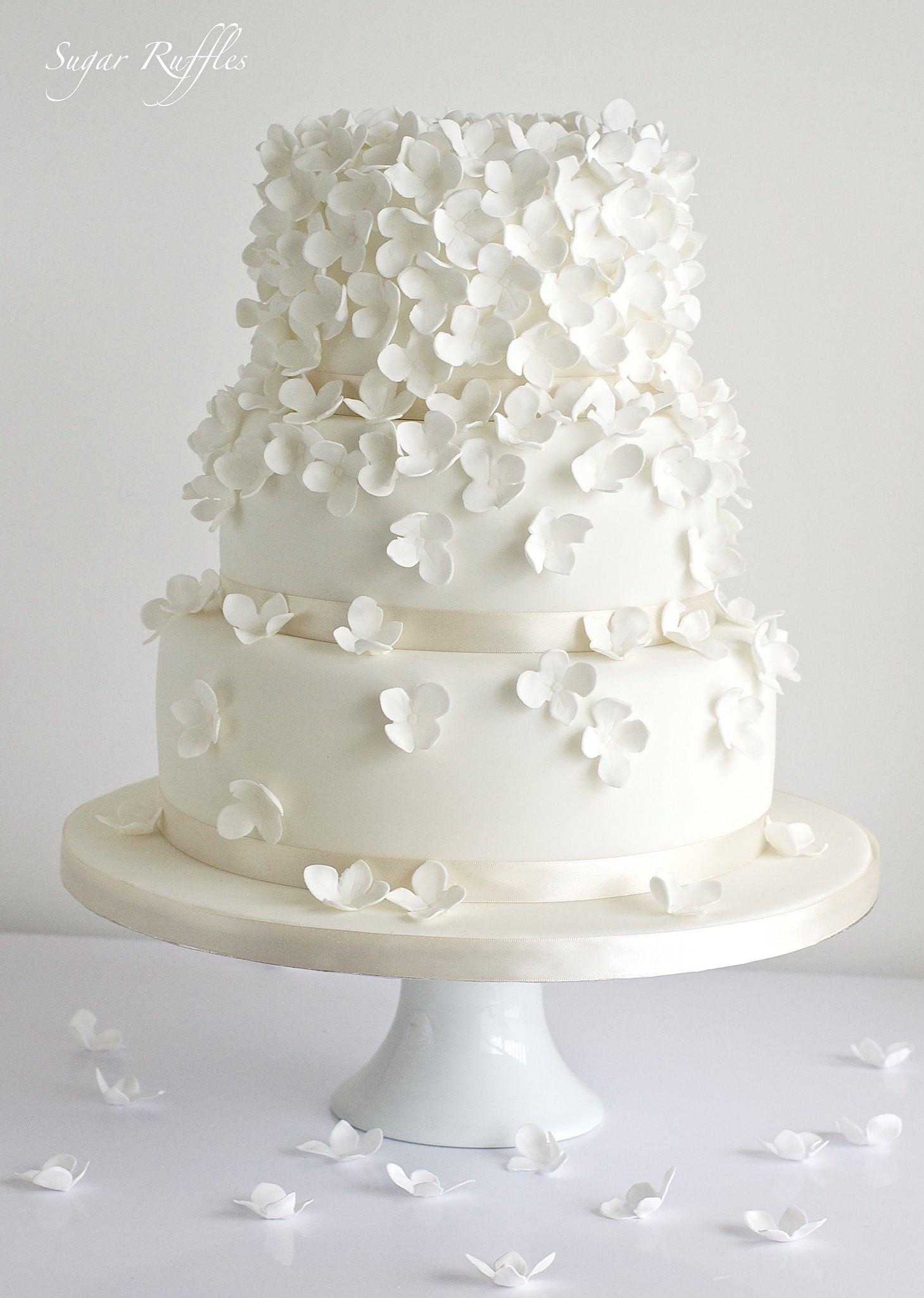 Wedding Cakes Elegant  Delicate Wedding Cakes MODwedding