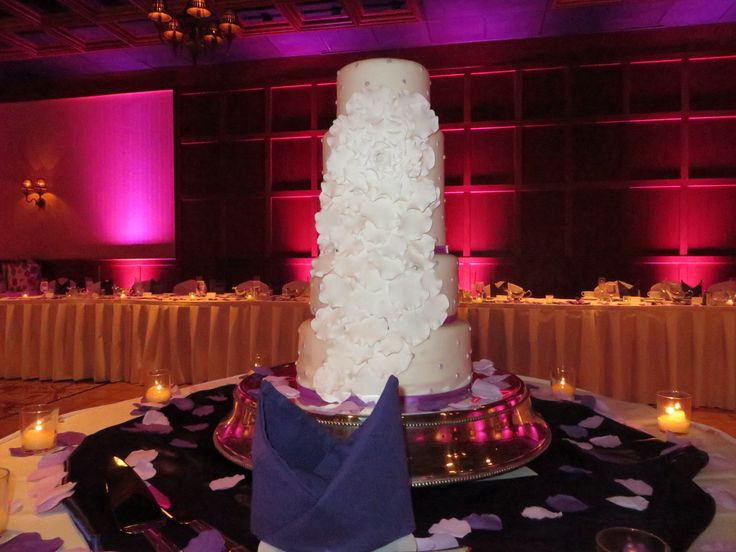 Wedding Cakes Erie Pa  Memorable Wedding Cakes erie pa Sty Style and Taste