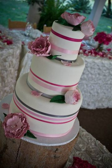Wedding Cakes Eugene Oregon  Sweet Life Patisserie Wedding Cake Eugene OR