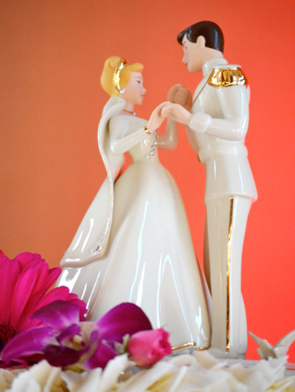 Wedding Cakes Figures  Cinderalla Wedding Cakes Figures Wedding Cake Cake Ideas