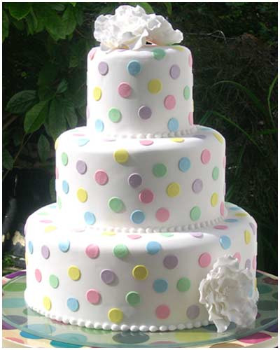 Wedding Cakes Fillings  Wedding Cake Filling and Icing Arabia Weddings