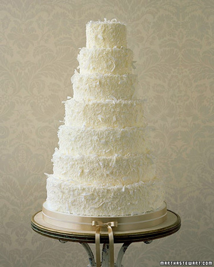 Wedding Cakes Flavors Combinations  15 Best Wedding Cake Flavor binations