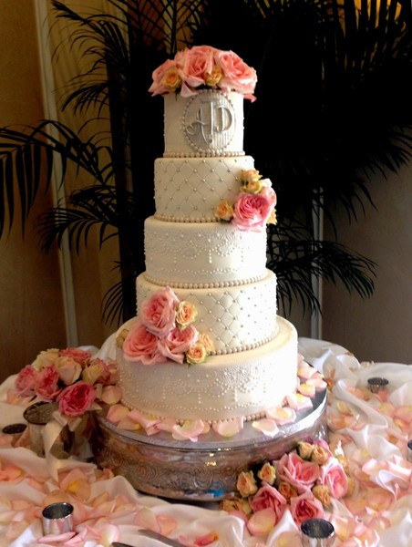 Wedding Cakes Florida  Spanish Lace Weddingcake Thecakezone