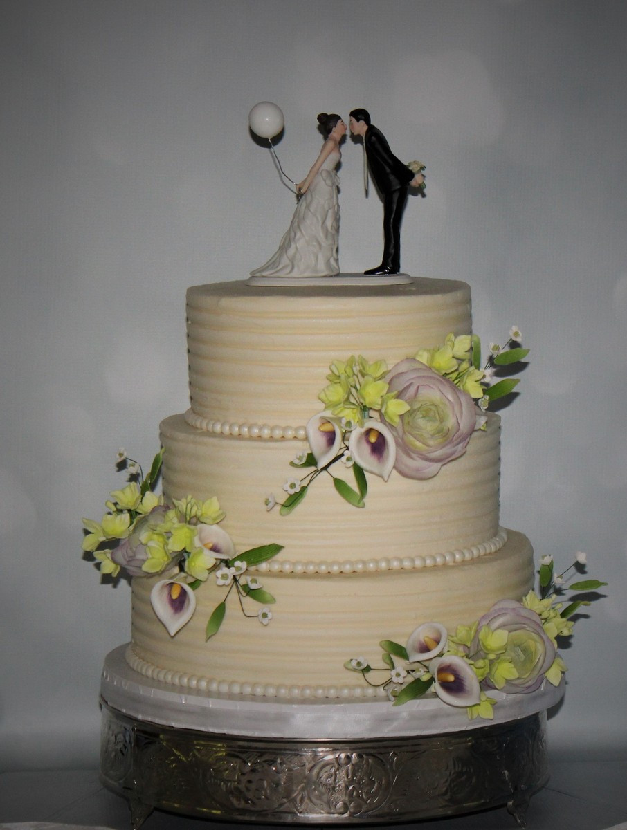 Wedding Cakes Florida  Cakes e True Wedding Cake Ocala FL WeddingWire