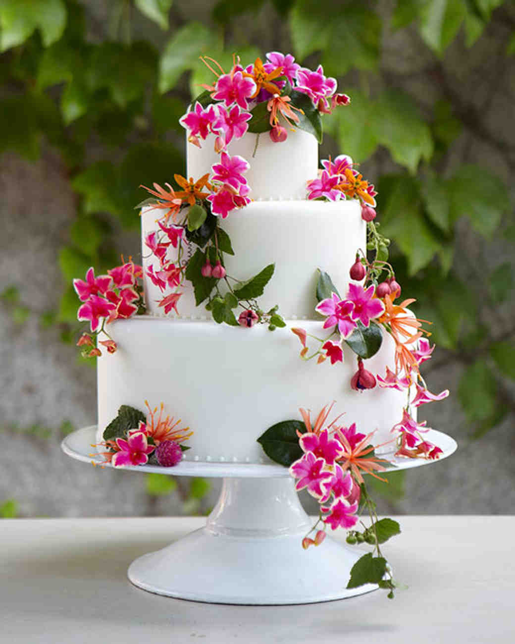 Wedding Cakes Flower  Flowers for Every Element of Your Wedding