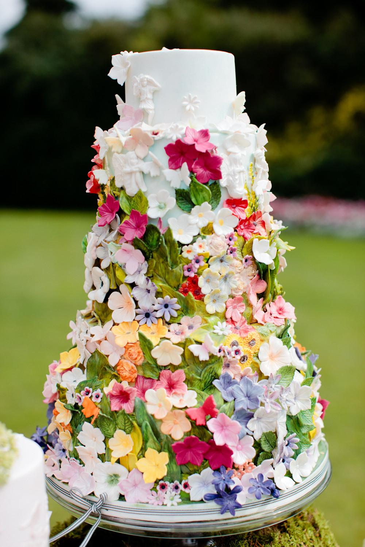 Wedding Cakes Flowers  10 Colorful Wedding Cakes