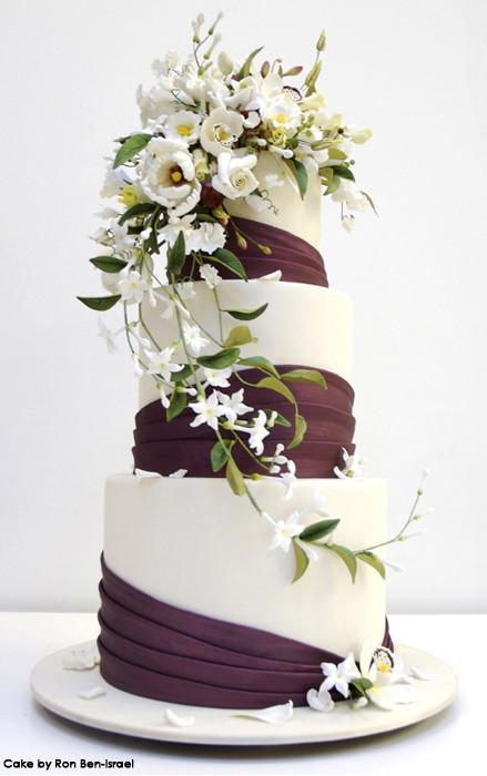 Wedding Cakes Flowers  Wedding Cakes With Fresh Flowers 2012