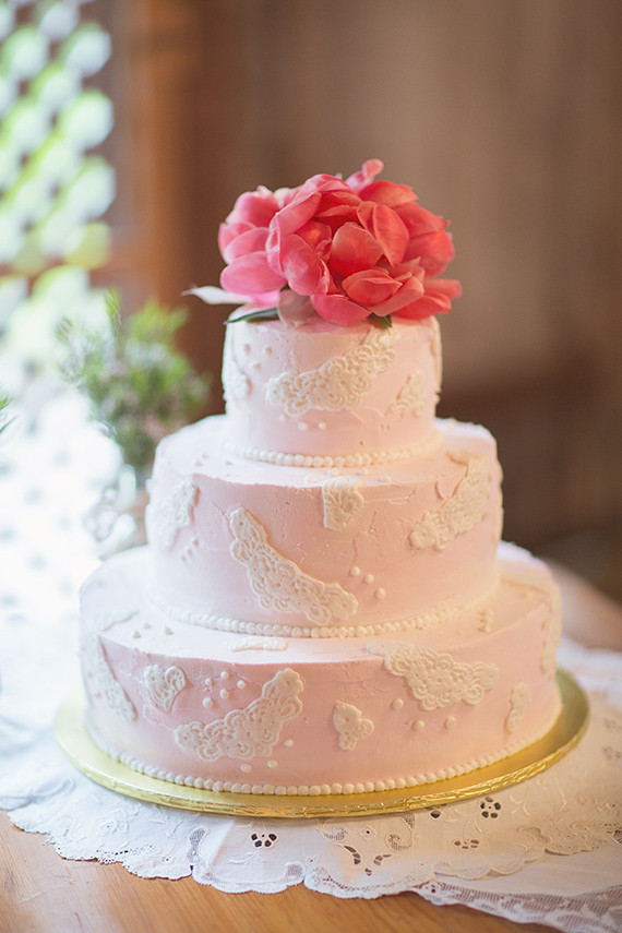 Wedding Cakes For 100 Guests  Wedding cakes for 100 guests idea in 2017