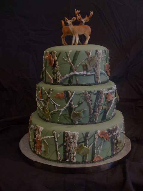 Wedding Cakes For Men  1000 ideas about Hunting Grooms Cake on Pinterest
