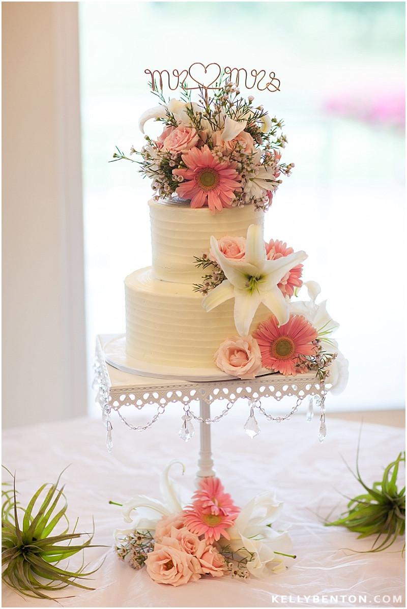 Wedding Cakes Fort Wayne  Jessica & Kyle at Orchard Ridge Country Club Fort Wayne